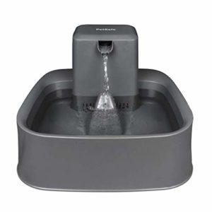 PetSafe Fontaine à Eau Drinkwell pour Animaux – Idéale pour Chat/Petits Chien 1,8 L – Différents flux – Filtres anti-odeurs et mauvais goût – Facile à Nettoyer – Sans BPA